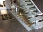cankaya-cam-balkon-korkuluk-ankara-merdiven-paslanmaz-krom-celik-uygun-fiyata